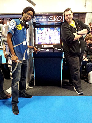 big boy barry and street fighter 4 world champion with a bespoke arcades evo