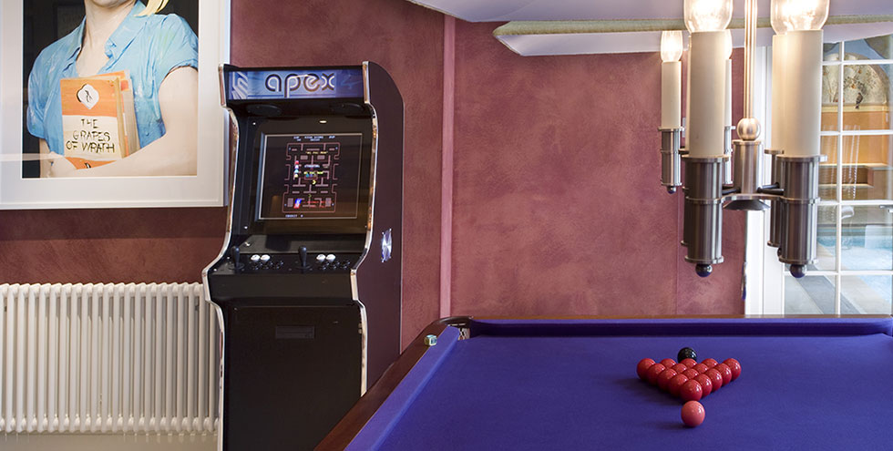 Apex Arcade Machine and Pool Table